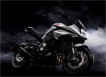 factory moto votre concessionnaire suzuki moto merignac 33. Black Bedroom Furniture Sets. Home Design Ideas